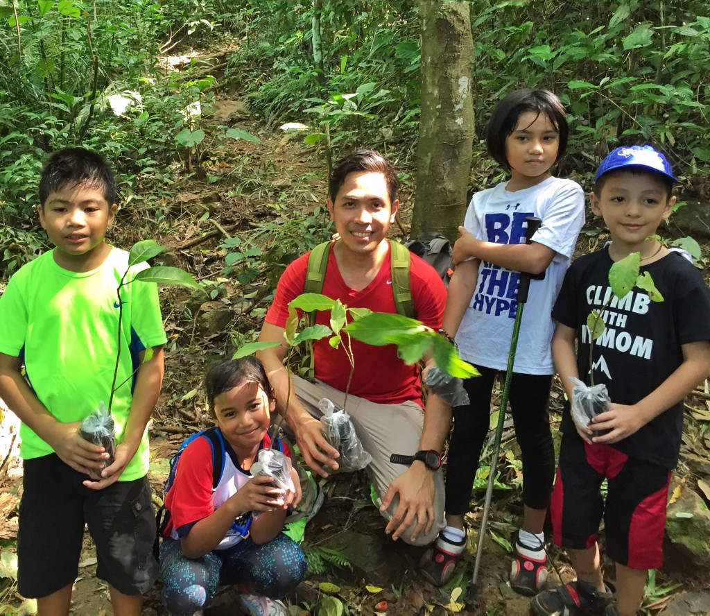 Climb with Kids Pinoy Mountaineer